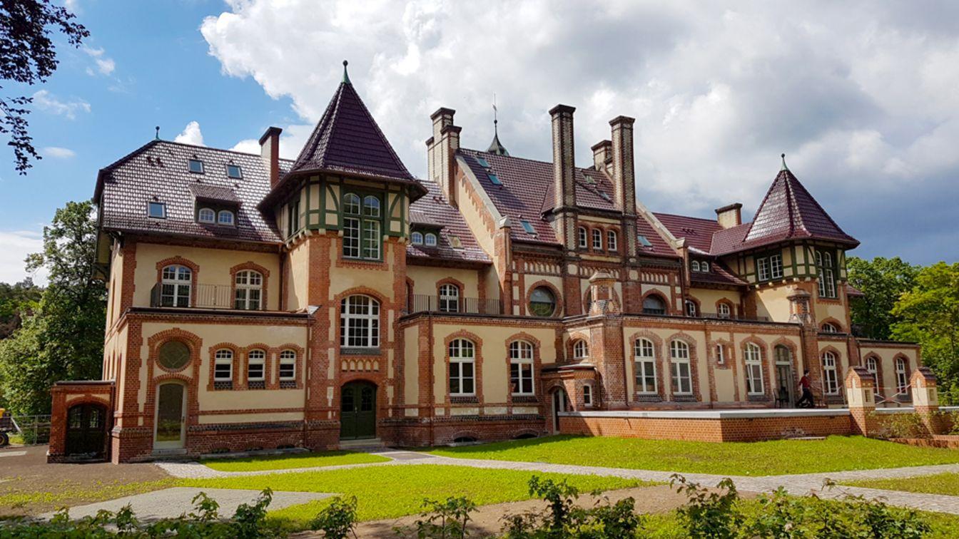 Villa bauen lassen best haus bauen lassen kosten gallery for Besondere hotels weltweit
