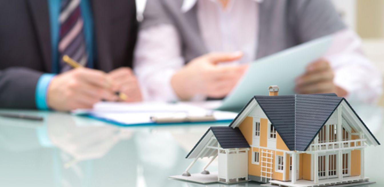 besondere immobilien luxush user wohnungen und andere immobilien weltweit mieten oder kaufen. Black Bedroom Furniture Sets. Home Design Ideas