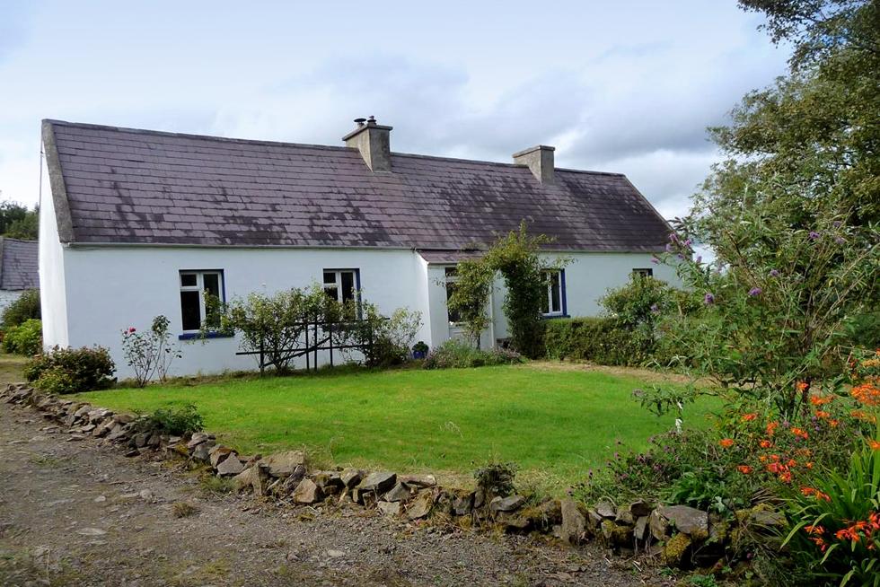 Haus Kaufen Irland : schn ppchenh user in irland bellevue ~ A.2002-acura-tl-radio.info Haus und Dekorationen