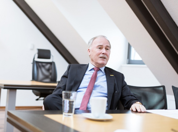 Interview mit Georg Hoogendijk, Postbank Immobilien